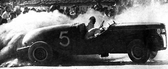 1946 La Primera carrera de autos después de la Segunda Guerra